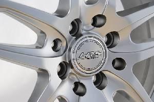 Felgi Aluminiowe Hrs H495 15 4x1000 4x1143 Et 40 Srebrny 731